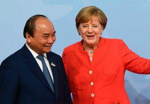 Thủ tướng Nguyễn Xuân Phúc chúc mừng đảng bà Merkel thắng cử