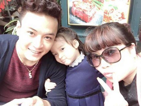 Gia dinh hanh phuc cua nam dien vien dien trai Hong Dang - Anh 6