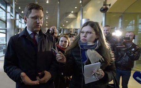 Nga ra dieu kien, ep Kiev tra tien khi dot cho mien Dong Ukraine - Anh 1