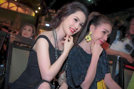 A hau trang suc Thai Nhu Ngoc khoe lung tran quyen ru - Anh 8