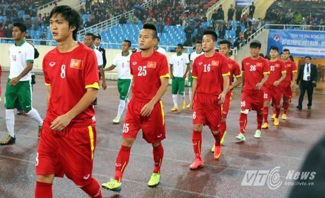 Khi nguoi dep yeu U23 Viet Nam chang kem U19 - Anh 1