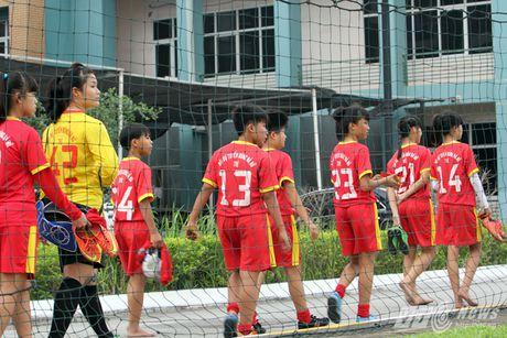 Khi nguoi dep yeu U23 Viet Nam chang kem U19 - Anh 14