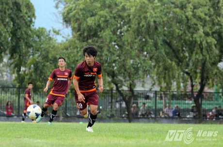 Khi nguoi dep yeu U23 Viet Nam chang kem U19 - Anh 17