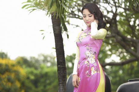 Hoa hau Ky Duyen mat di ve thon gon khi khong kiem soat duoc can nang - Anh 20