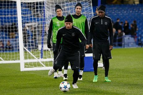 Chelsea, Bayern tu tin truoc luot ve knock-out Champions League - Anh 11