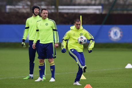 Chelsea, Bayern tu tin truoc luot ve knock-out Champions League - Anh 5