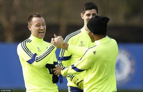 Chelsea, Bayern tu tin truoc luot ve knock-out Champions League - Anh 6
