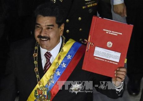 Tong thong Venezuela xin quyen dac biet 'chong de quoc' - Anh 1