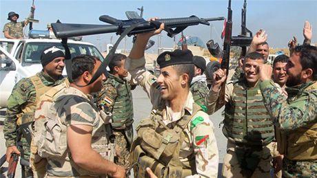 Iraq gianh duoc mot phan Tikrit - Anh 1