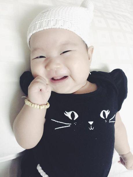 Ngam khoanh khac hanh phuc cua vo chong Ly Hai ben cac con - Anh 4