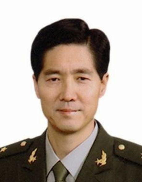 "Tap Can Binh dieu dong tap doan quan 38 ""thay mau"" canh ve Trung Nam Hai - Anh 2"