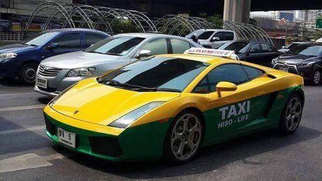 Sieu xe Lamborghini Gallardo lam taxi tai Thai Lan - Anh 1