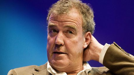 Jeremy Clarkson bi dinh chi cong tac; Top Gear ngung len song - Anh 1