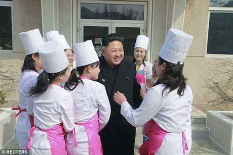 Ong Kim Jong-un lam gi trong ngay Quoc te phu nu? - Anh 1