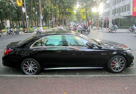 Xe sang Mercedes S63 bien dep, gia 9 ty o Sai Gon - Anh 2