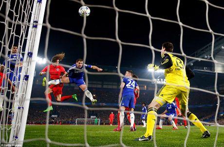 PSG da bay Chelsea khoi cup chau Au - Anh 3
