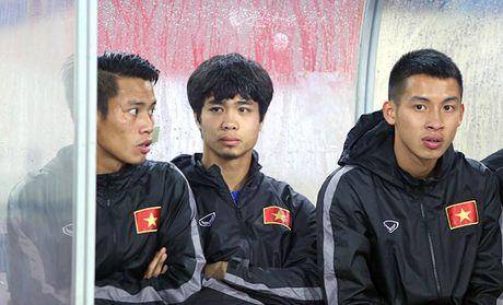 'Co lap' Cong Phuong tuc la chong lai HLV Miura - Anh 1
