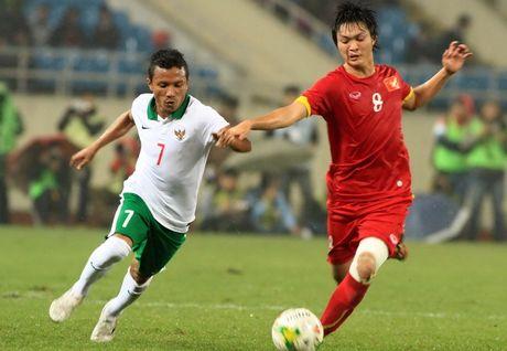 Chuyen dong bong da Viet ngay 11/3: Ngoc Hai chan thuong, Olympic Viet Nam vao TP.HCM - Anh 1