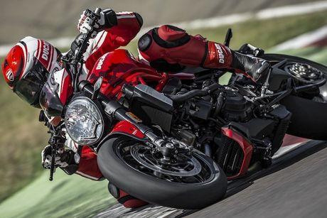 """""""Dien kien"""" Monster 1200R - naked bike manh nhat cua Ducati - Anh 12"""