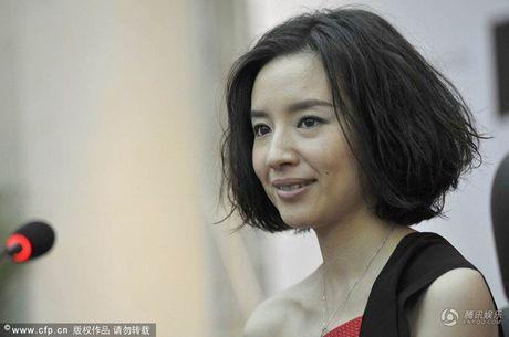 Duong tinh lan dan cua my nhan trong phim Truong Nghe Muu - Anh 9