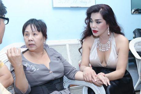 Minh Beo khoc nuc no ben nghe si Hoang Lan - Anh 12