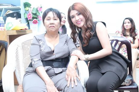 Minh Beo khoc nuc no ben nghe si Hoang Lan - Anh 13
