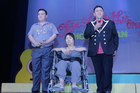 Minh Beo khoc nuc no ben nghe si Hoang Lan - Anh 2