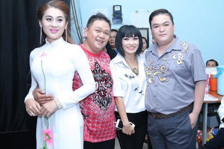 Minh Beo khoc nuc no ben nghe si Hoang Lan - Anh 7
