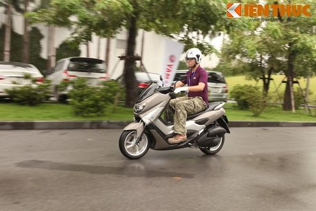 Can canh xe tay ga hang sang Yamaha NM-X tai Viet Nam - Anh 14