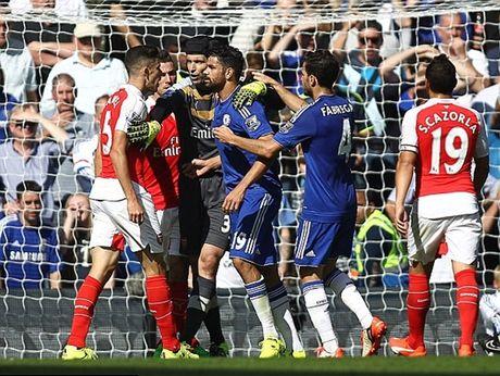 Chelsea 2-0 Arsenal: Tieu xao va the do nhan chim Arsenal - Anh 2