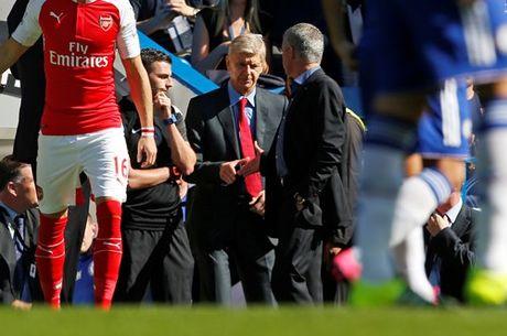 Chi con 9 nguoi, Arsenal nhan that bai tren san Chelsea - Anh 9