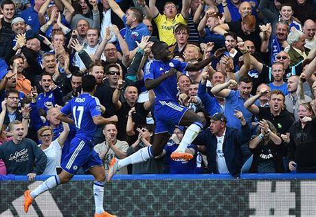Chi con 9 nguoi, Arsenal nhan that bai tren san Chelsea - Anh 5