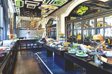 Uu dai cho khach hang VIP cua Sun Group - Anh 2