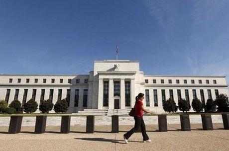 Nhung nhan to khien Fed quyet dinh giu nguyen lai suat - Anh 1