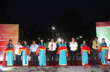 49 tinh, thanh pho tham du dem Gala tong ket Hoi thi ATGT - Anh 5