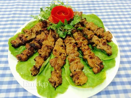 Cach lam thit xien nuong thom ngon nong hoi - Anh 11
