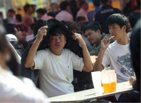 Gioi tre co xu huong lam dung ruou bia - Anh 1