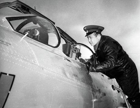 Artyom Mikoyan: Cha de cua chien dau co MiG - Anh 10