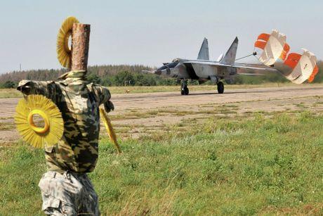 Artyom Mikoyan: Cha de cua chien dau co MiG - Anh 12