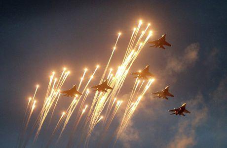 Artyom Mikoyan: Cha de cua chien dau co MiG - Anh 14