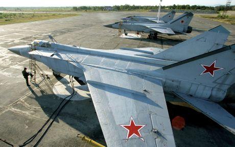 Artyom Mikoyan: Cha de cua chien dau co MiG - Anh 15
