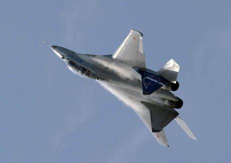 Artyom Mikoyan: Cha de cua chien dau co MiG - Anh 16