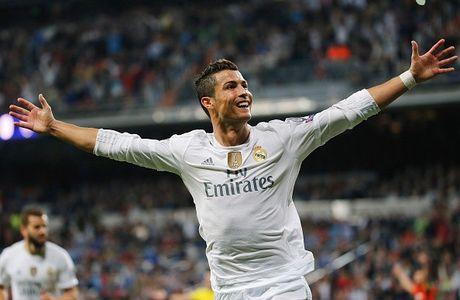 Real 1-0 Granada: Ronaldo chua the len ngoi so mot - Anh 17