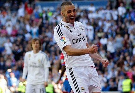 Real 1-0 Granada: Ronaldo chua the len ngoi so mot - Anh 3