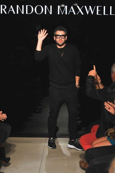 Lady Gaga bat khoc tai show cua Brandon Maxwell - Anh 9