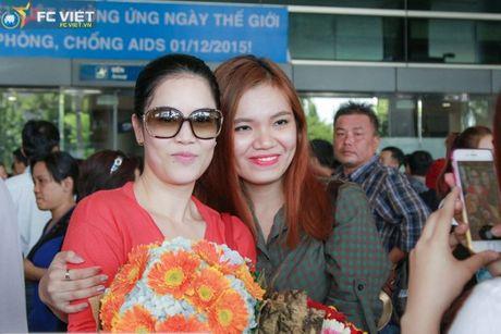 Thu Phuong tuoi cuoi giua tin don bi tay chay o hai ngoai - Anh 2