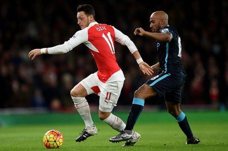 Muon vo dich, Arsenal phai nho Oezil - Anh 1