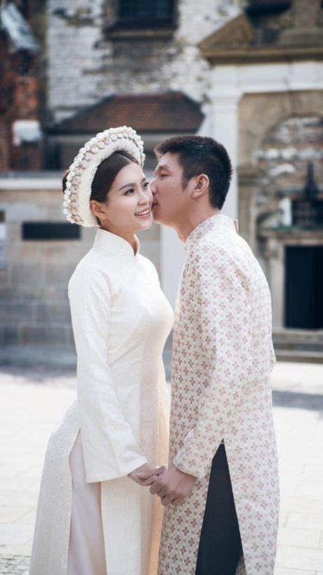 Anh cuoi dep nhu truyen co tich cua Diem Trang o Chau Au - Anh 8