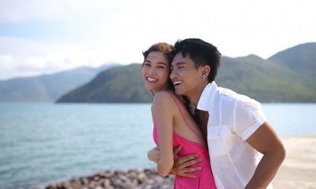 Dao dien Diep vu chan dai: Phim hau truong showbiz kho tranh scandal - Anh 3