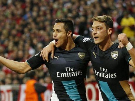 Arsenal & cuoc dua vo dich: Khi Alexis o xu so ky dieu cua Wenger - Anh 2